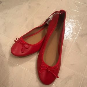 Old Navy red flats